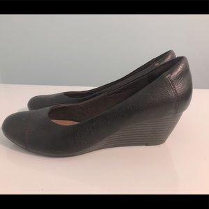 Clark's Ladies wine coloured wedge heels